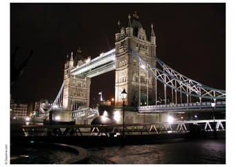 Photo Bridge over river Thames, London