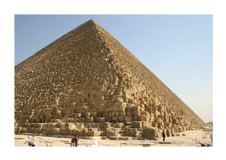 Photo The Great Pyramid of Cheops (Khufu) in Giza