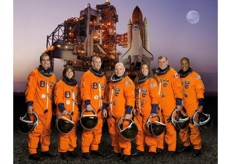 Photo crew of the Space Shuttle