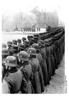 Photo enrolling recruits