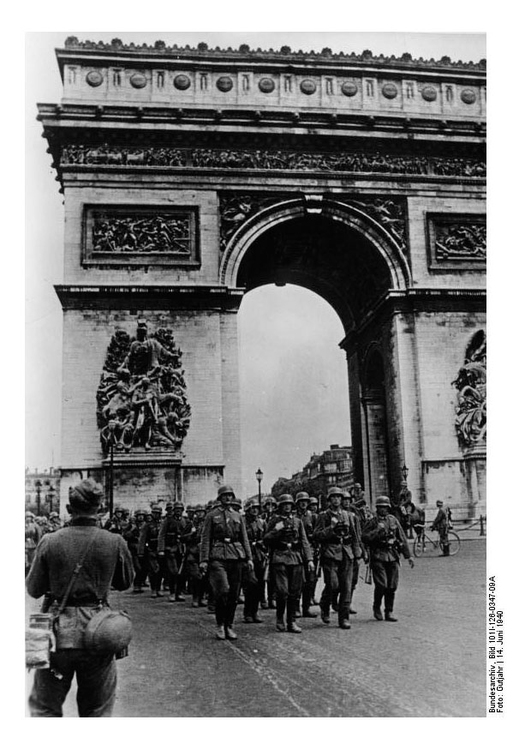 Photo German Troops in Paris