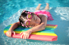 Photos girl in swimming pool