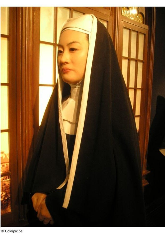 Photo historic reinactment nun