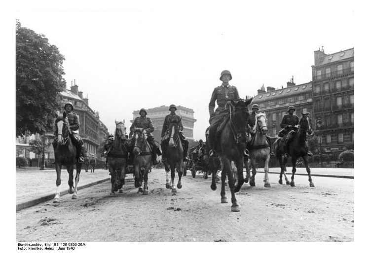 Photo March of German Troops in Paris