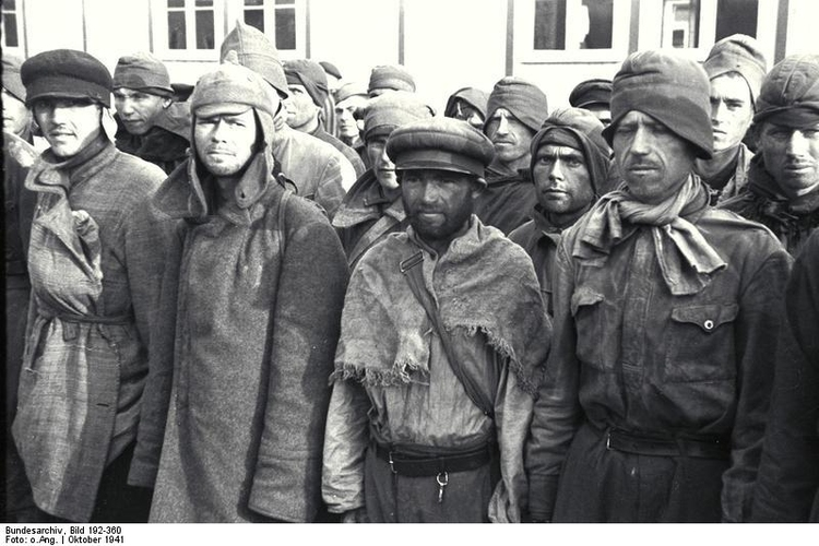 Photo Mauthausen concentration camp - Russian Prisoners of War (2)