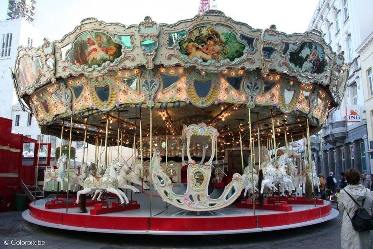 Photo merry go round
