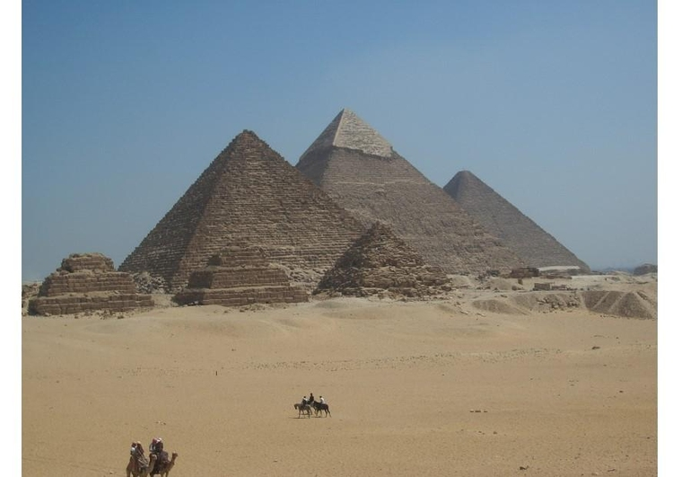 Photo Piramids of Giza