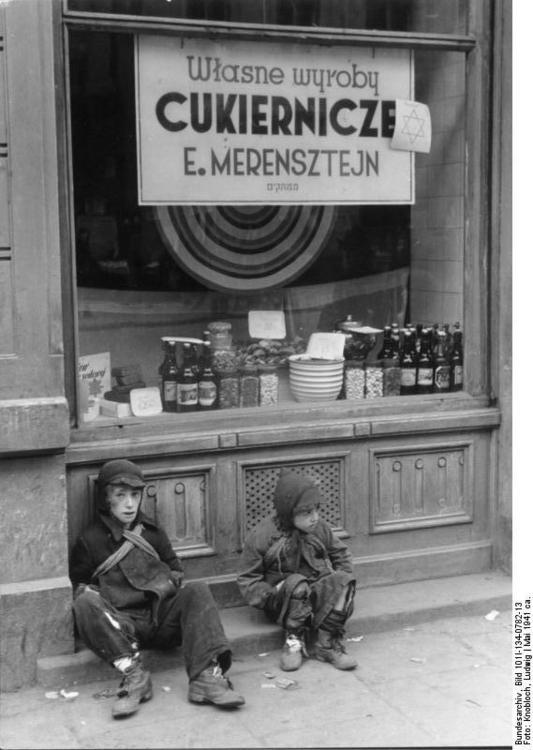 Poland - Ghetto Warsaw - children (2)