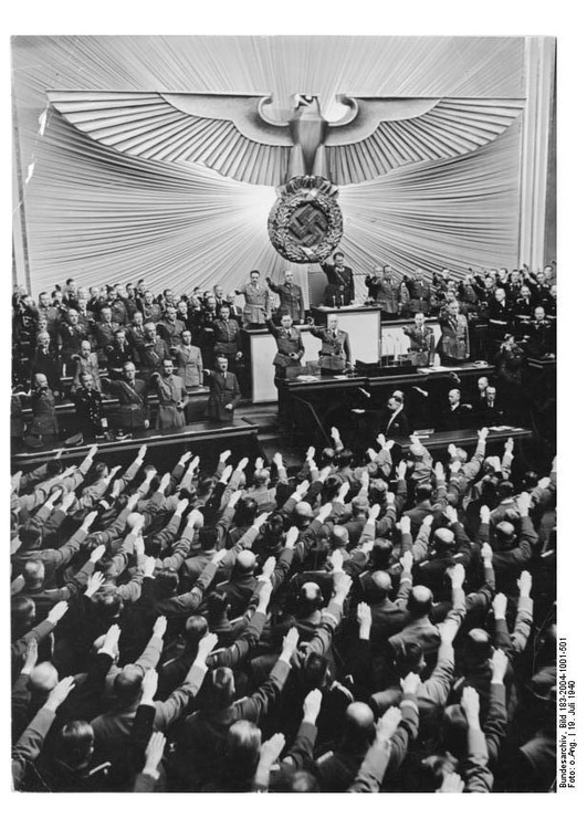 Photo Reichstag Meeting