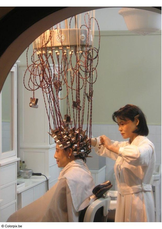 Photo reinactment of hair salon