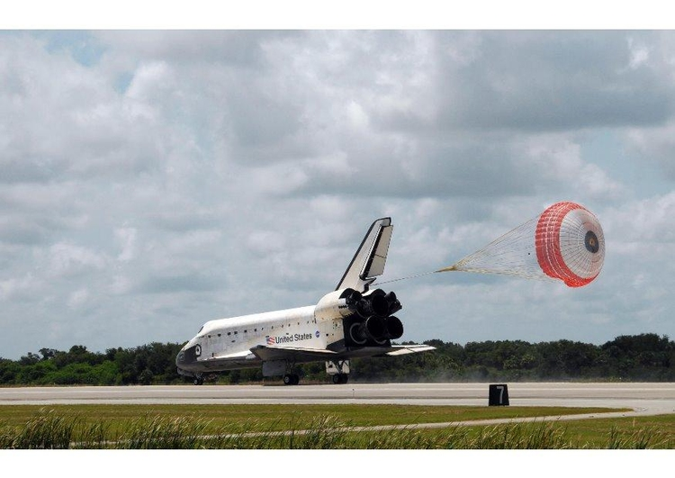 Photo Space Shuttle landing