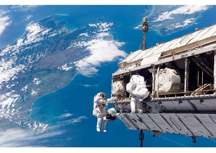 Photo space walk