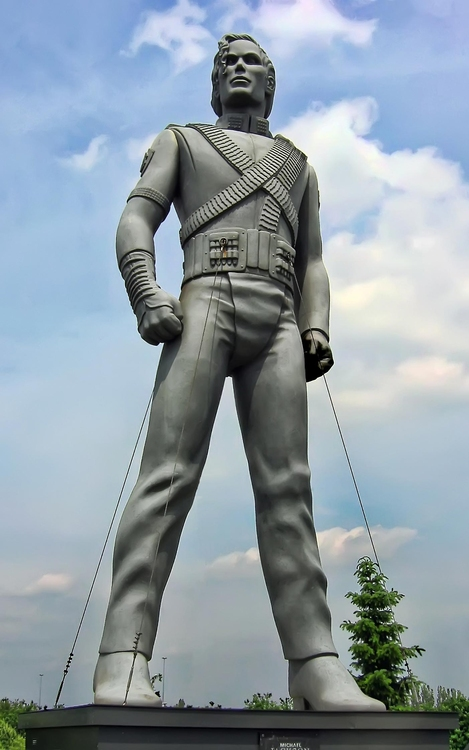 Photo statue of Michael Jackson