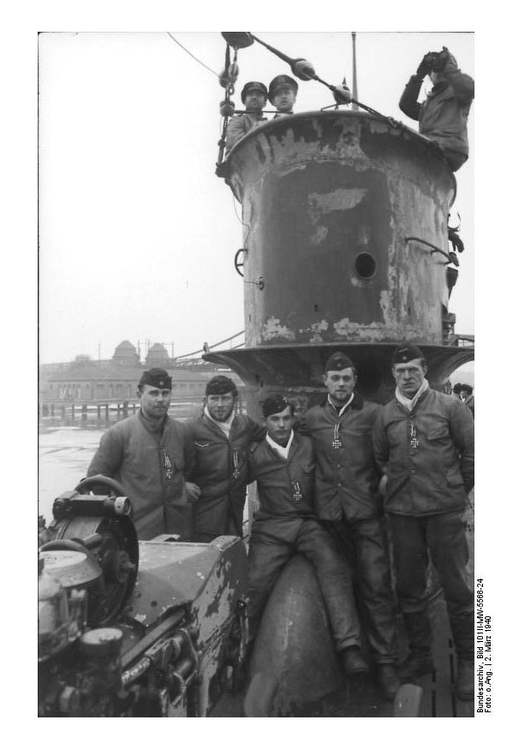 Photo Submarine U50 Crew - Wilhelmshafen