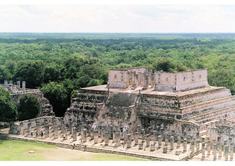 Photo Temple of the Warriors, Chichen Itza