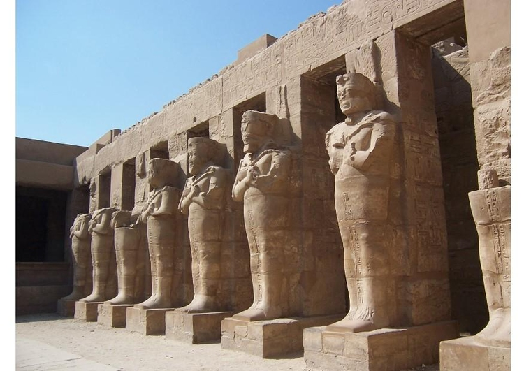 Photo The Temple Complex of Karnak in Thebes (Modern Luxor)