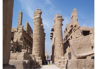 Photo The Temple Complex of Karnak in Thebes (Modern Luxor),