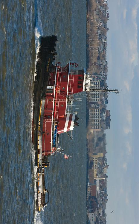 Tugboat in New York harbour